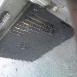 スバルサンバーをエバポレーターの洗浄スプレーで簡易的に洗浄してみる
